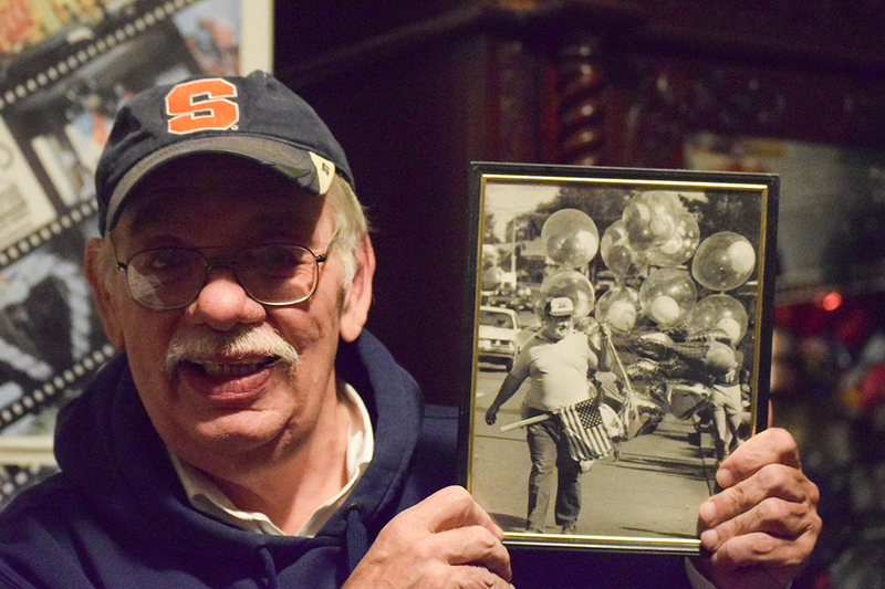 After years in the balloon game, Syracuse's balloon man prepares to