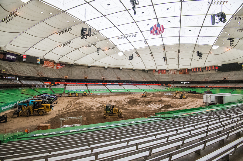 How Su Turns The Carrier Dome Into A Monster Truck Arena The Daily