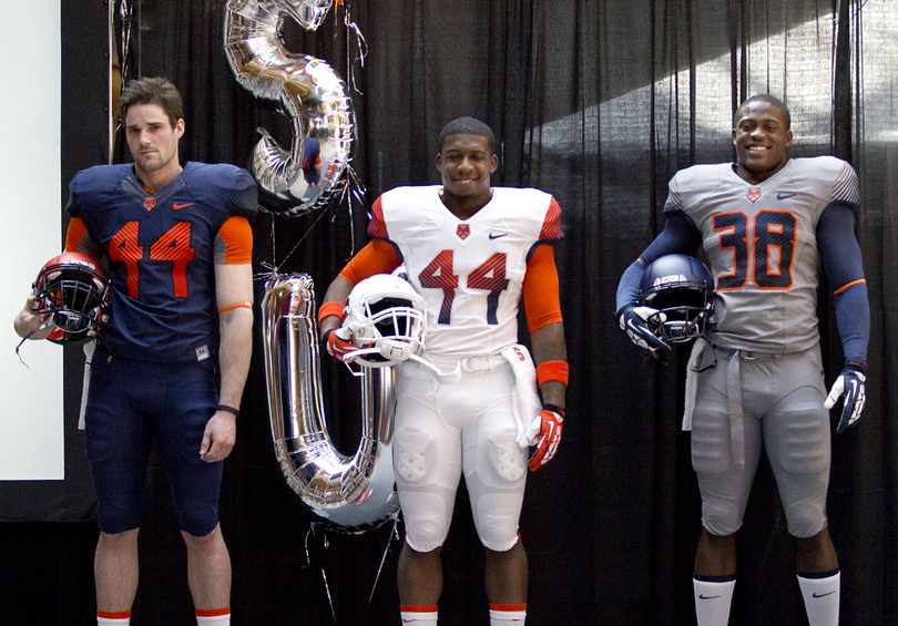 Syracuse unveils new Nike uniforms to debut in 2014 season - The ... 4420dd001